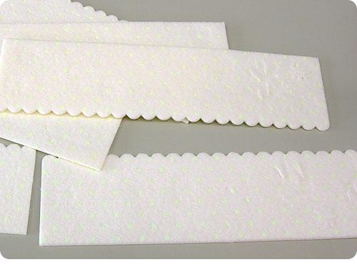 20101117-5 結露きらい。結露防止に結露シートを貼っておくと、夜キラリ