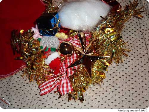 20101213-5 トイザらスで買ったクリスマスツリーが、届きました