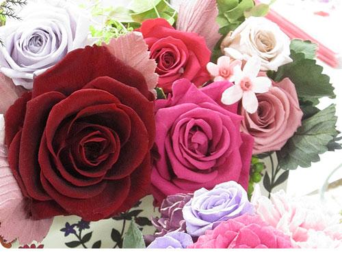 201200315-5 母の日にプレゼントしたくなる、日比谷花壇の美しい花束