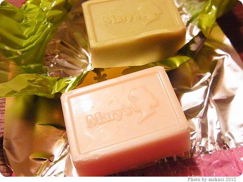 201200408-4 春ですねぇ。メリーチョコレートの「さくら&さくらリーフチョコレート」