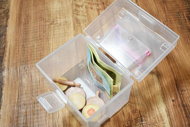 小さいパーツをまとめて片付けるために収納ケース