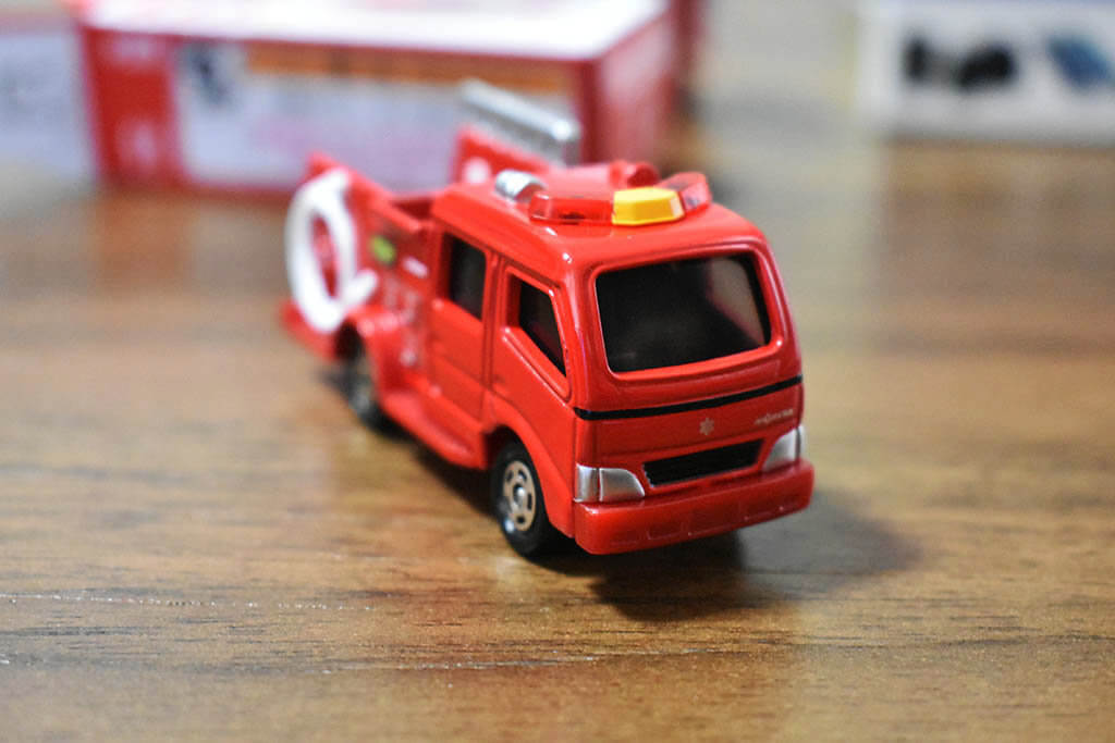 トミカ 消防車