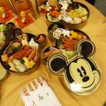 2013年版かわいいお節→ディズニーとハローキティのおせち