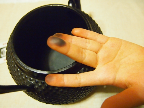 P2182858 白湯を飲むために、南部鉄器の鉄瓶をついに箱から出す