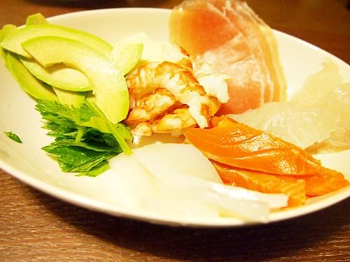 P3053595 手毬寿司はひとくちサイズがよい