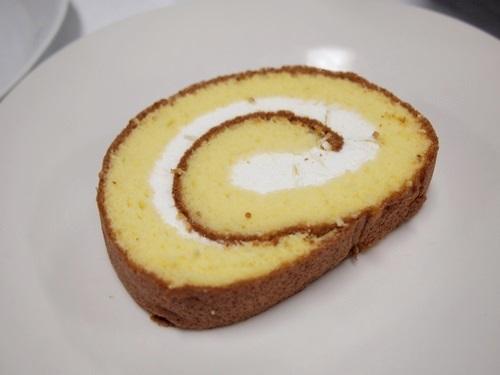 P3088899 熊本県阿蘇のこだわり、ふかふかロールケーキのお取り寄せ♪