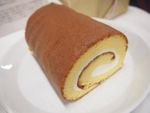P3088903 熊本県阿蘇のこだわり、ふかふかロールケーキのお取り寄せ♪