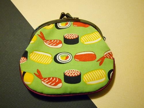 寿司柄のがま口財布