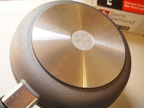P5136040 スイスダイヤモンドのフライパン(20cm) これ、いいよ