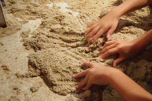 P7280398 京都水族館の不思議な砂場キネティックサンド