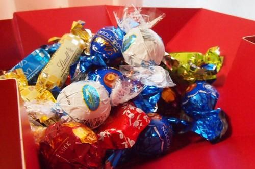 PC043443  リンツのチョコレート