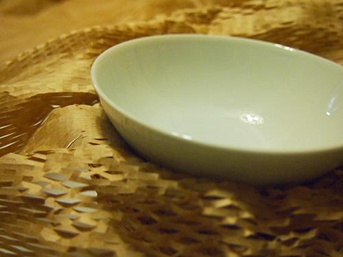 PC270439 無印良品の白磁のお茶碗