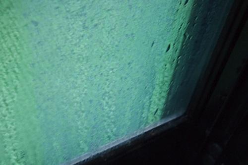 PC293924 窓の結露との戦い2015年