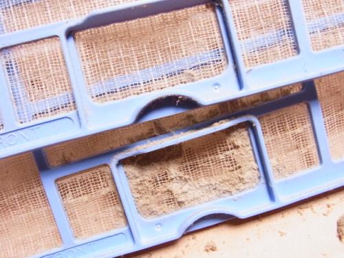 R1157276 エアコンのフィルターが腐海だったので掃除した