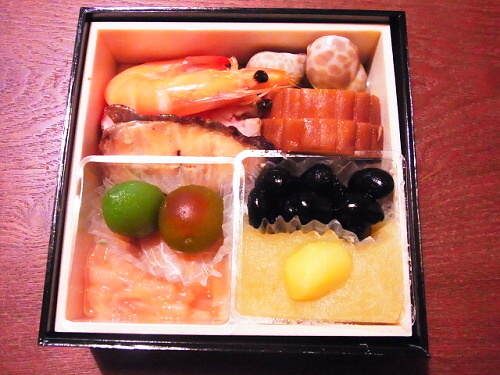 R1157428 2013年版博多久松おためしおせちが届いた。食べた感想。