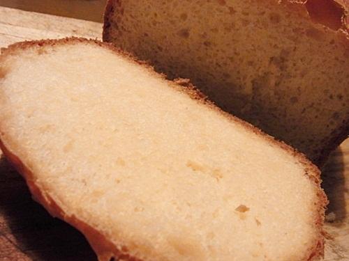 ホームベーカリーで作った食パン
